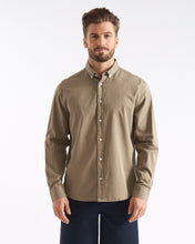 Load image into Gallery viewer, Cowes Shirt