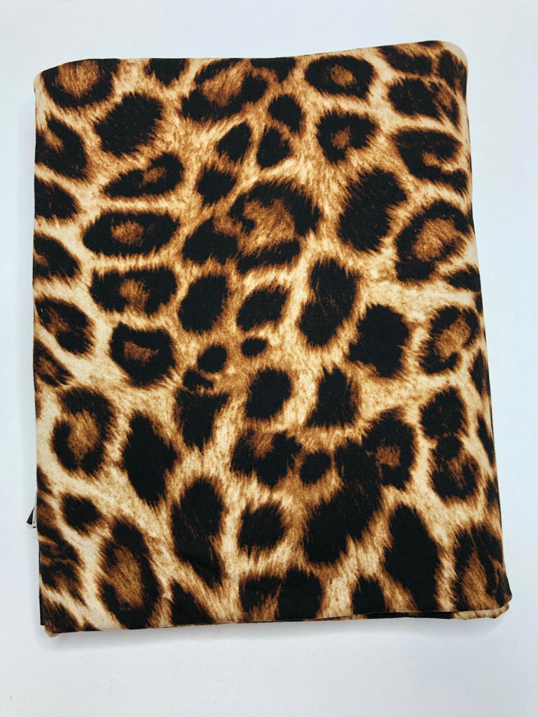 Medium scale leopard brushed poly knit