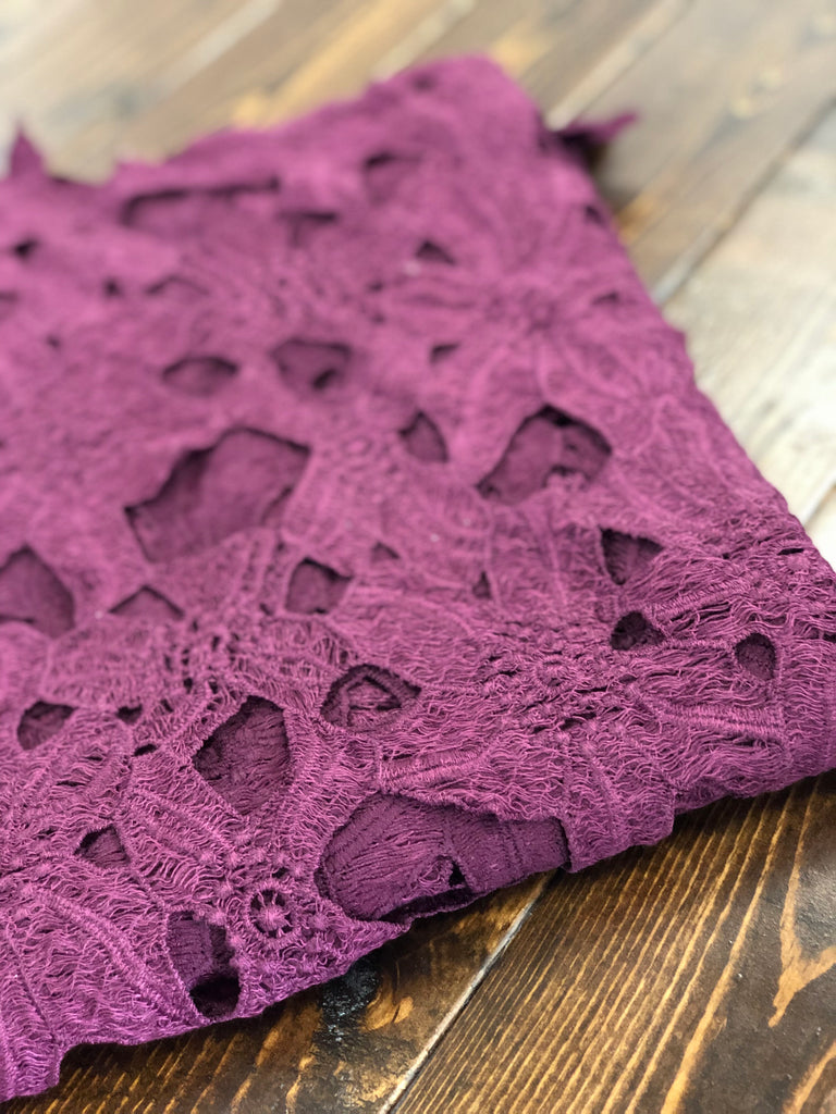 Elegant crochet lace woven $5 and below