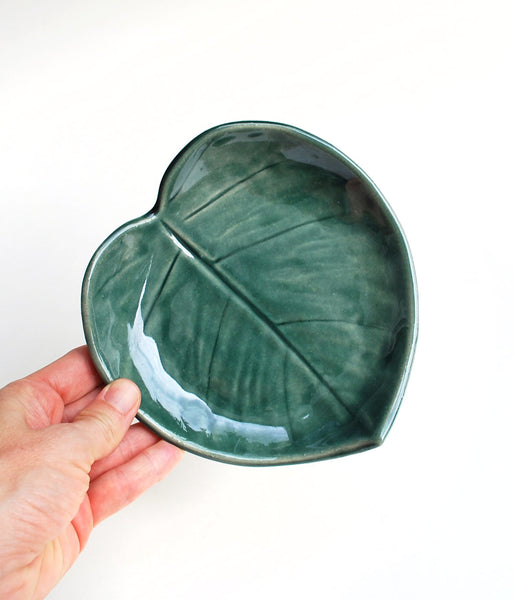 Forest Green Leaf Bowl - Medium