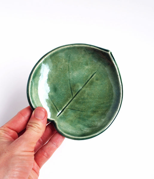 Green leaf dish, small size, showing imprint of leaf