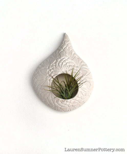 Ceramic Air Plant Holder - White Lace Teardrop Shape