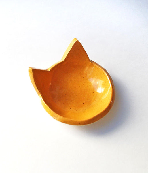 Little orange cat bowl