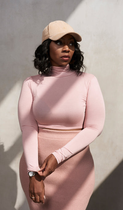 Powder Me | Cropped Turtleneck