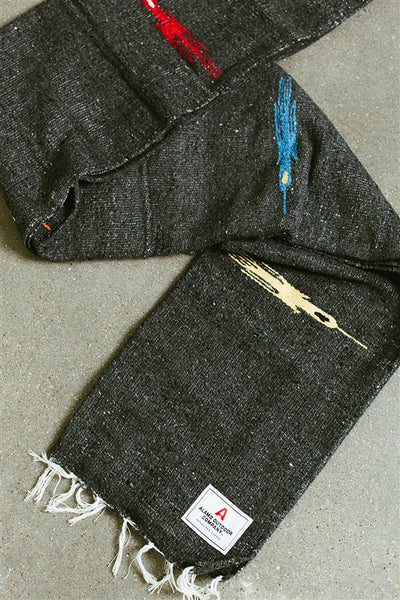 T-bird Range Blanket (Charcoal)