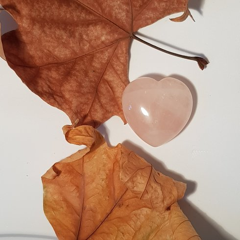 Rose Quartz Heart  polished (4.5x4cm)
