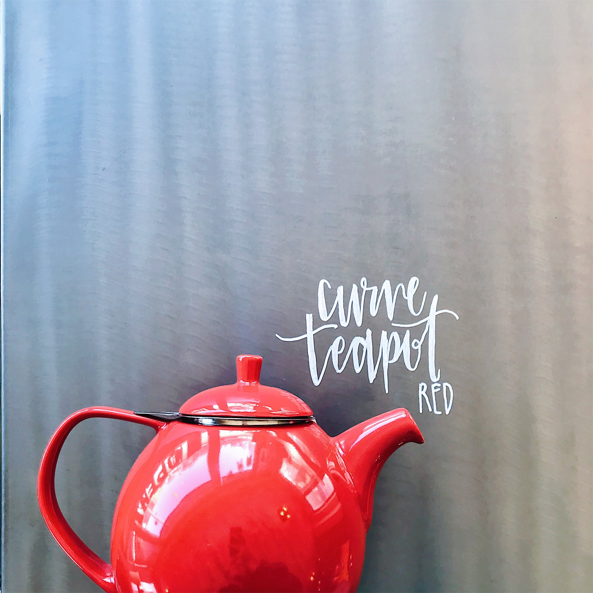 Red FORLIFE® Curve Teapot