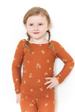RUST RIBBED FLORAL