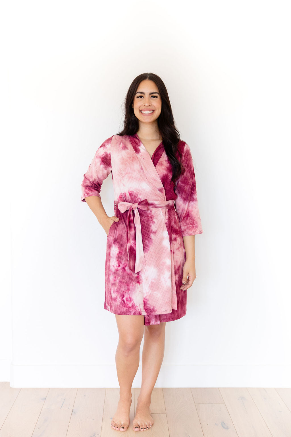 CRANBERRY + LIGHT MAUVE RIBBED TIE DYE WOMEN'S SHORT ROBE