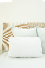 WHITE PILLOW CASE