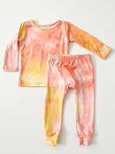 CORAL + PALE ORANGE + YELLOW TIE DYE