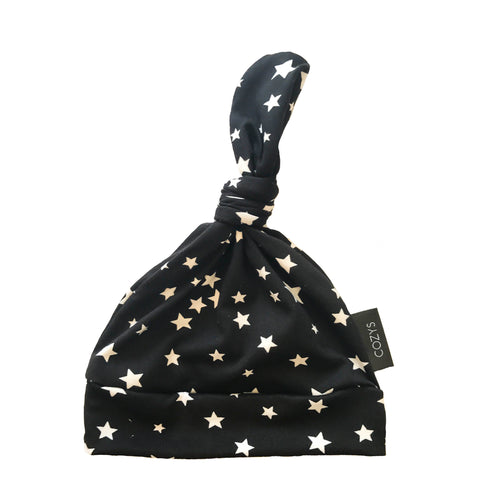 BLACK + WHITE STAR BEANIE