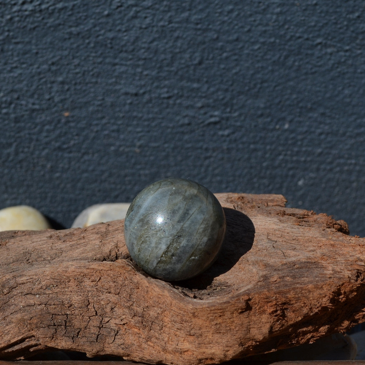 Labradorite Cute Gemstone Sphere 25mm - Illiom Crystals