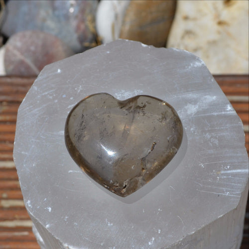 Smoky Quartz Gemstone Heart (T58-14Q)
