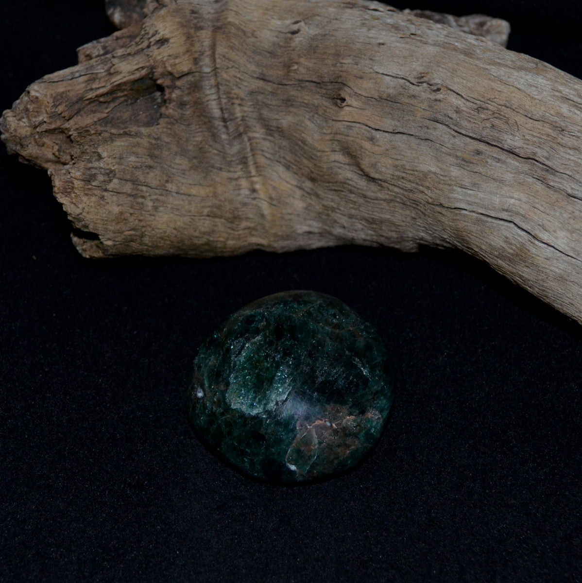 Blue Green Apatite Polished Palmstone - Intuition Communication Focus - Now at Illiom Crystals - Afterpay Available