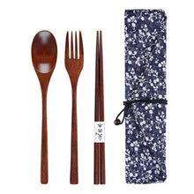 Portable Tableware Set Wooden Cutlery Sets With Useful Spoon Fork Chopsticks Dinnerware
