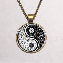 Wholesale Glass Cabochon Dome Jewelry Yin Yang Necklace Handmade Glass Asian Pendant Glass Dome Necklace Vintage - sellhotproducts