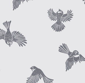 Fantail flight Wallpaper