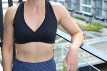 black basic sport bra