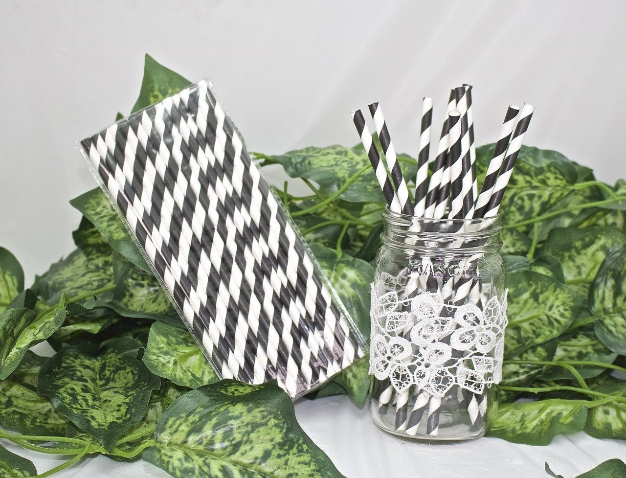 25 pcs-Paper Straws (Black Stripes)