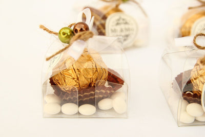 "1 pc-""Mr. & Mrs."" Clear Dome Shape Ferrero Rocher & Marshmallow Candy"