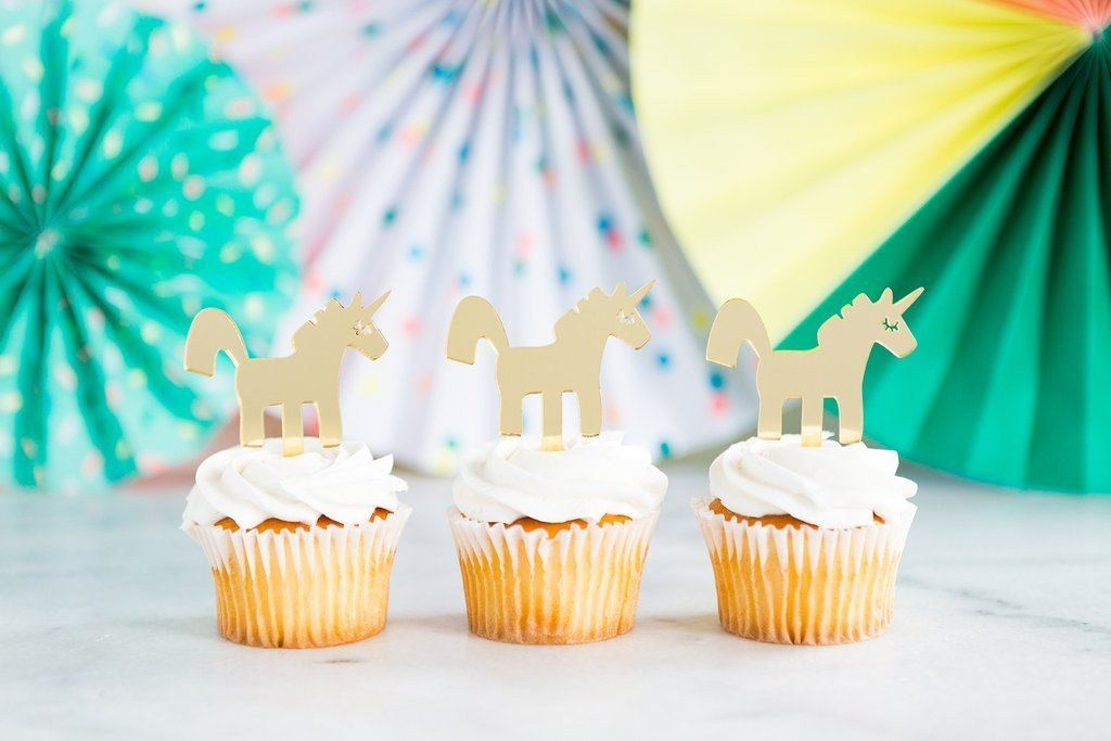 8 pcs - Acrylic Gold Unicorn Cupcake Toppers