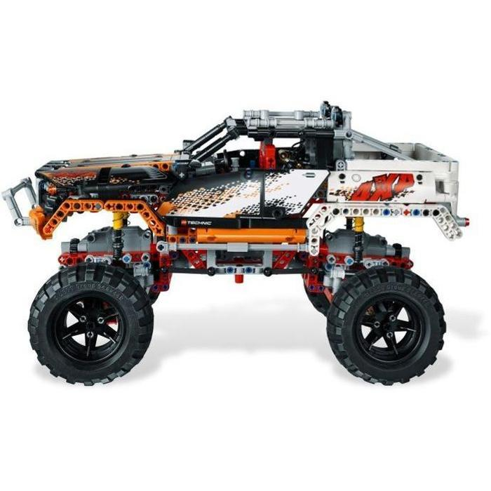 2-In-1 Technician 4x4 Rock Crawler Building Blocks | Shop Online | Snatcher