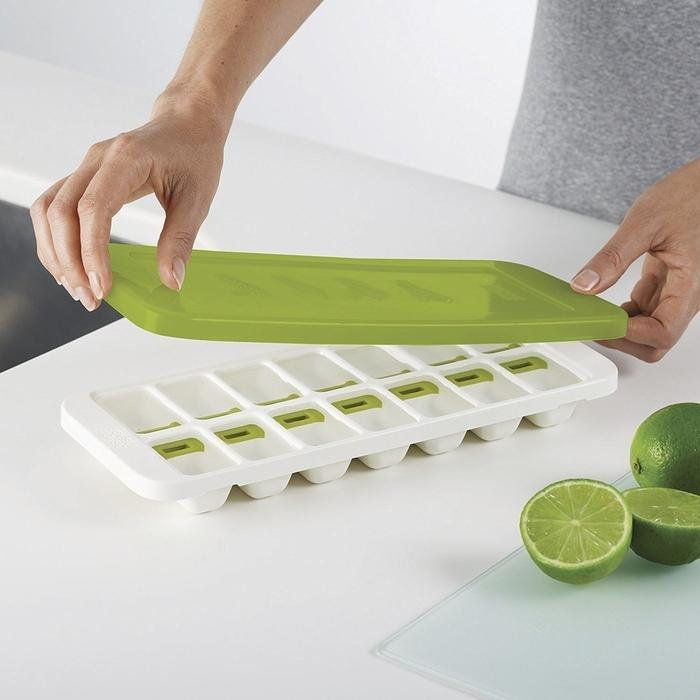 Easy-Release Ice-Cube Tray With Stackable Lid | Shop Online | Snatcher