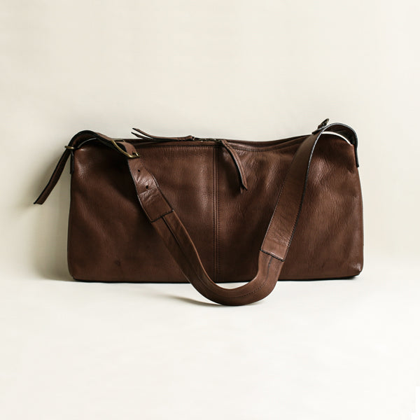 Leather shoulder bag, Piatto Basso