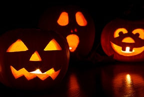 4 easy steps to carve the perfect Halloween pumpkin