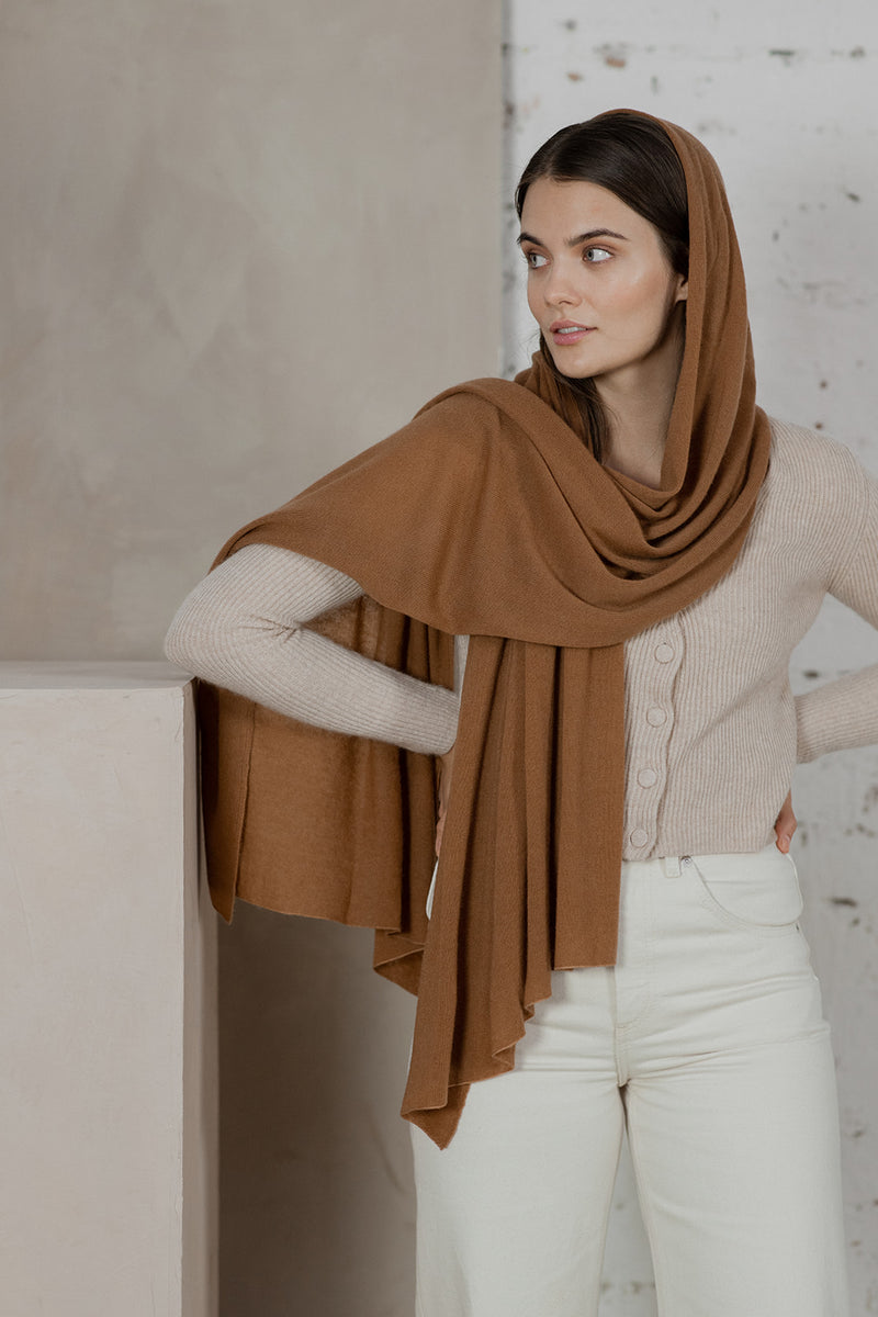 Knitted Cashmere Scarf, Pecan