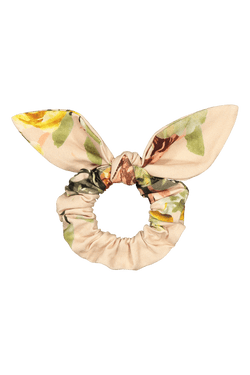 Bow Scrunchie, Rose Yard