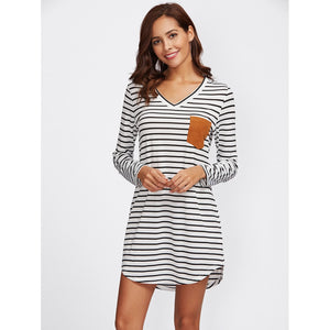 Contrast Suede Pocket Curved Hem Striped Tee Dress Black & White