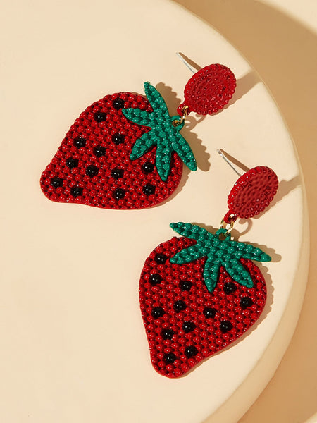 Beaded Strawberry Design Drop Earrings 1pair