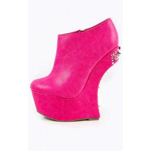 Heel Less Spike Back Platform Booties