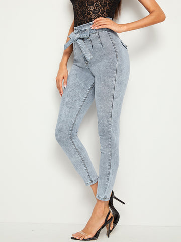 Bleach Wash Belted Skinny Crop Jeans