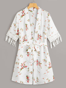 Ditsy Floral Contrast Lace Fringe Trim Belted Kimono