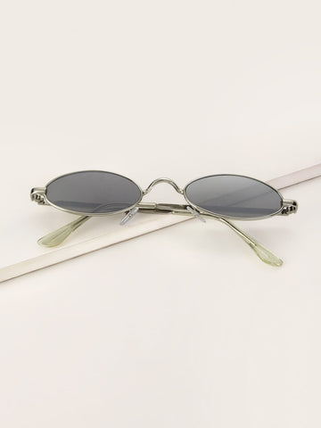 Oval Frame Tinted Lens Sunglasses