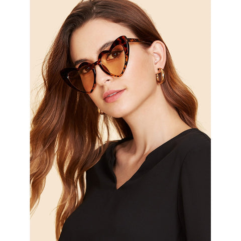 Heart Shaped Frame Sunglasses BROWN