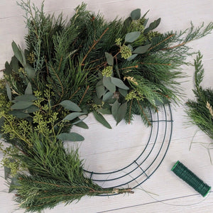 WORKSHOP: Fresh Wreath Making with Acorn & Evergreen (evening)