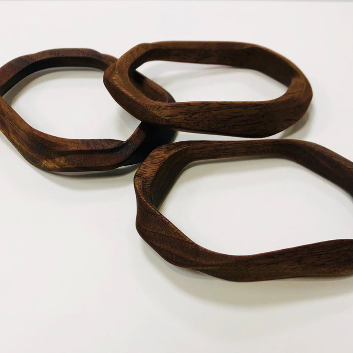 (milled) loop in walnut, Kathryn Strand & Jason Turnidge