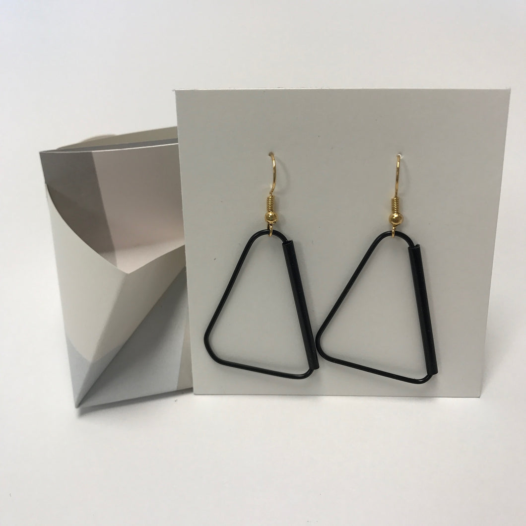 Troppus Projects paperclip/straw earrings
