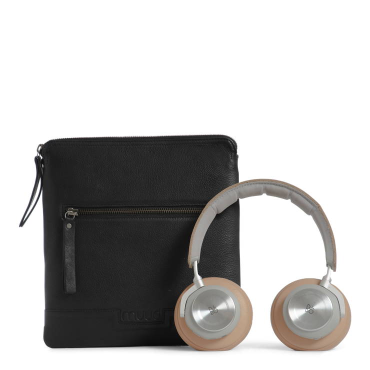 muud Bologna Beoplay case