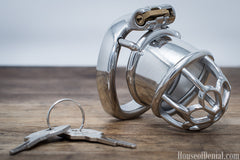 Self Locking in a Chastity Device - My Story