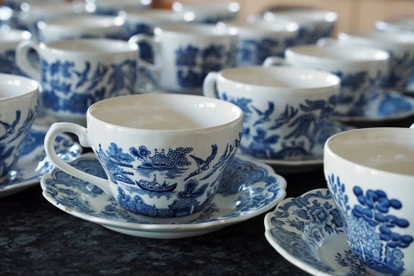 The eponymous Willow pattern tea service