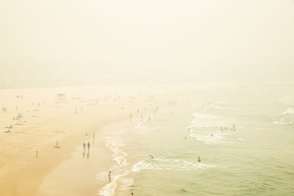 Australia's Wildfire Spreads smoke and haze over Bondi Beach