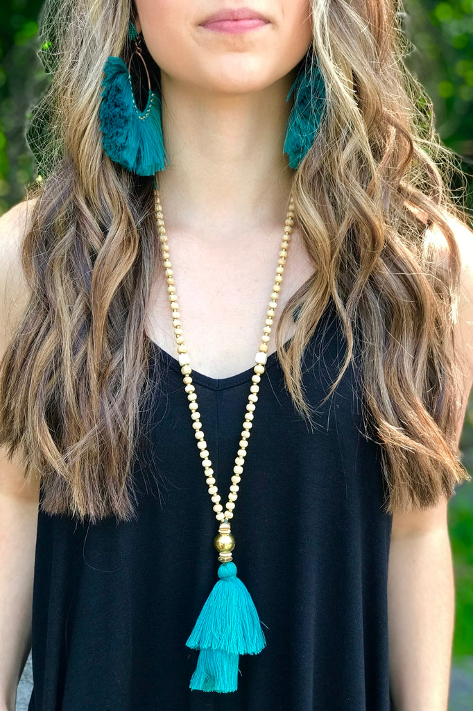 Blue Magnolia Clothing Company Magic Moment Necklace Teal