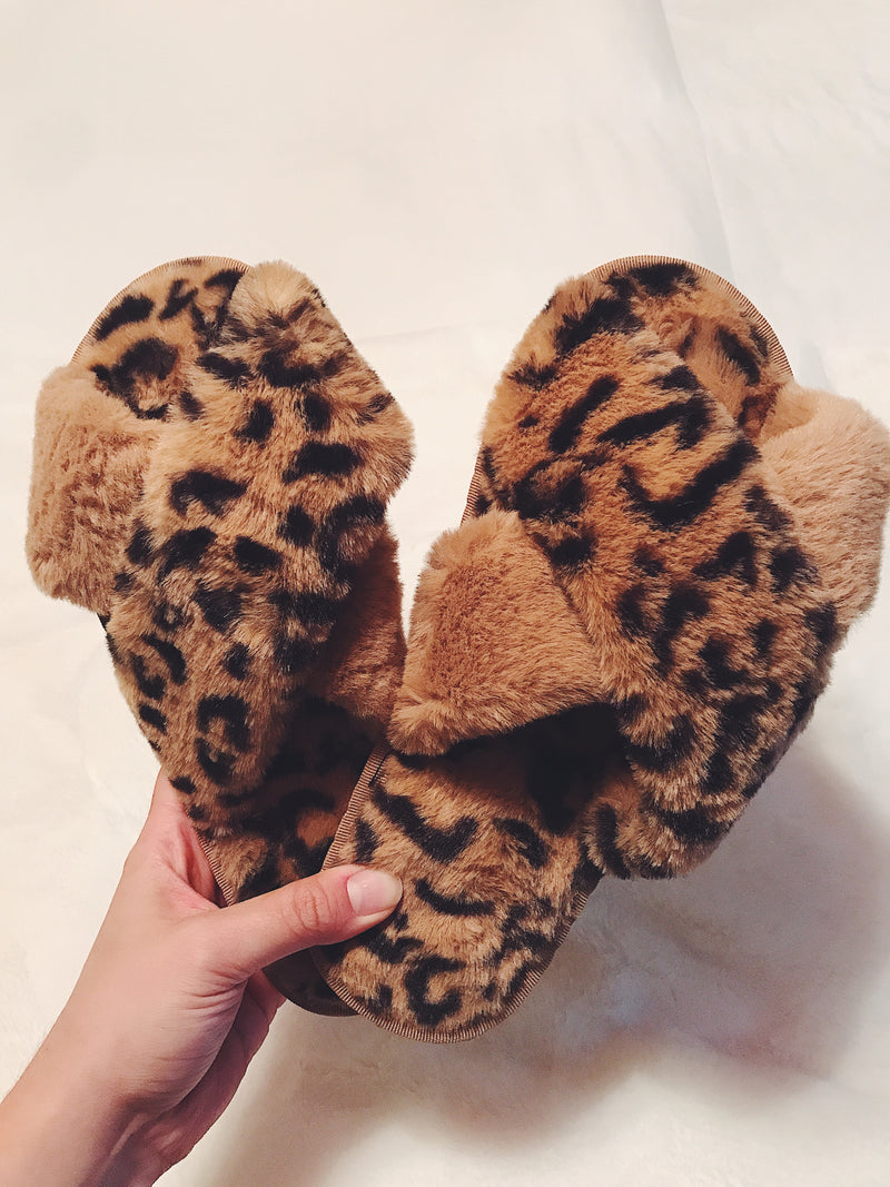 Leopard Criss Cross Fur Slippers