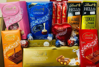 Lindt Lindor Assorted Chocolate Truffle Wedding Flavours Gift & Hamper 50x
