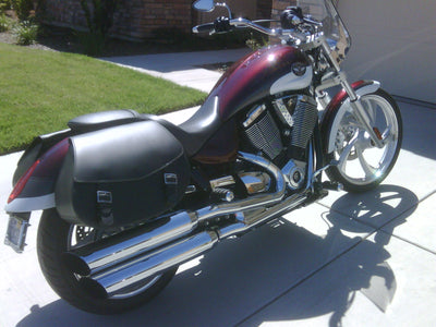 Victory Vegas customized with US Saddlebag's signature classic black leather motorcycle saddlebags